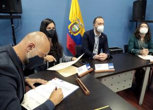Reunión en la Presidencia de la República sobre la Ley de Archivos